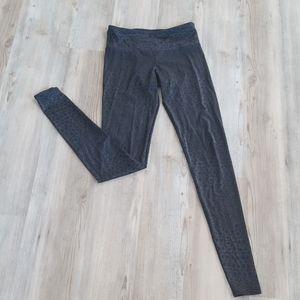 Onzie black on black leopard print leggings xs